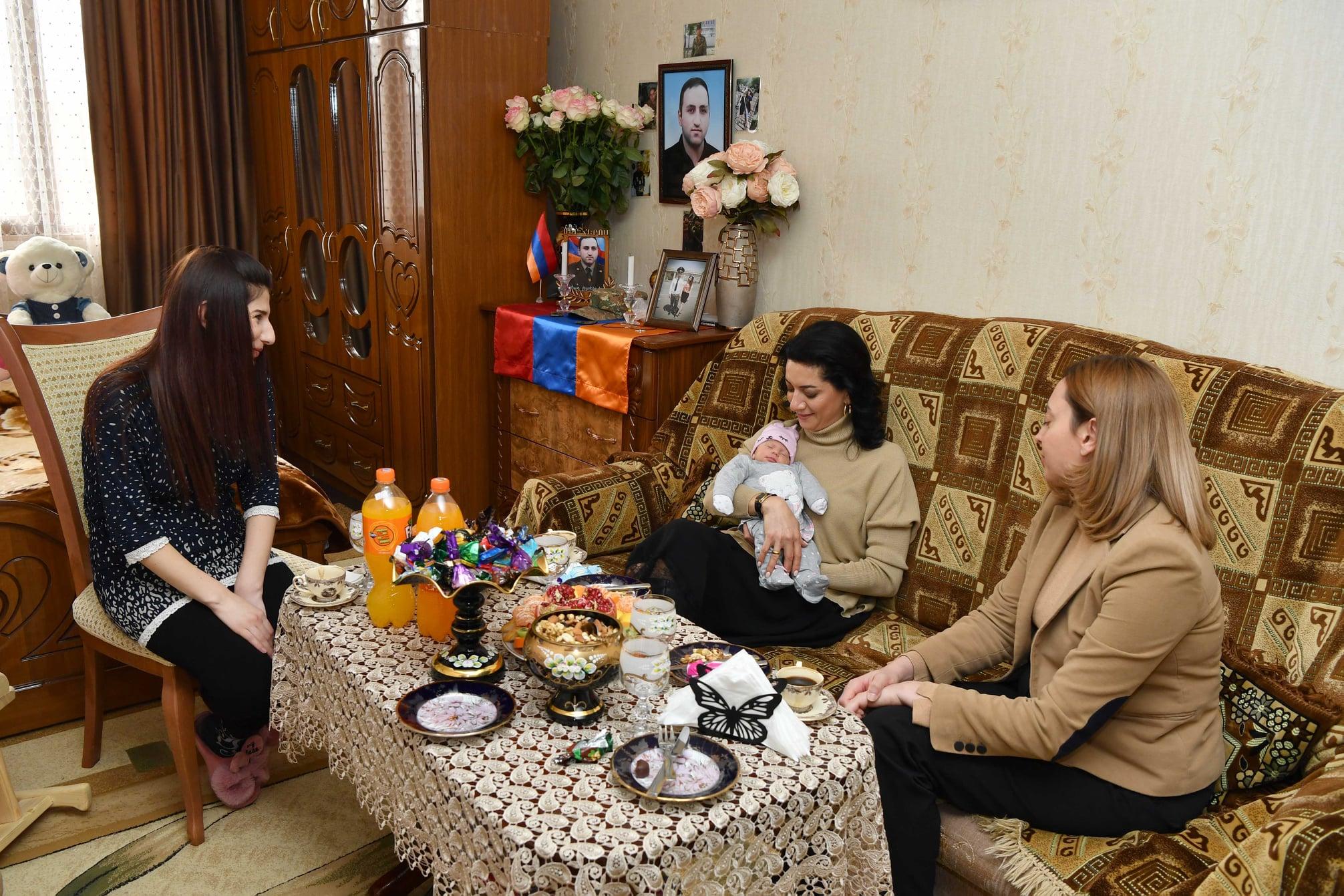 anna hakobyan,lena nazaryan,hayastan,աննա հակոբյան,լենա նազարյան